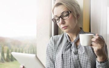 Как избавиться от приливов во время менопаузы?