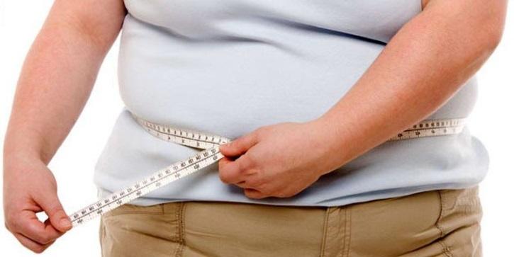 Избыточный вес входит в зону риска и противопоказаний для операции при миоме