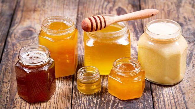 Спринцевание медом влагалища